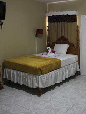 Kibo Hotel room